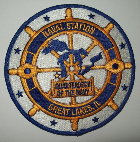 NAVAL STATION GREAT LAKES, IL - QUARTERDECK OF THE NAVY - MILITARY PATCH