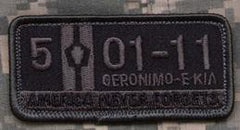 5-01-11 AMERICA NEVER FORGETS TACTICAL COMBAT HOOK MORALE MILITARY PATCH - DARK OPS