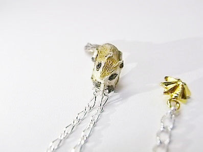 "DECO ""Flying squirrel ring necklace"""