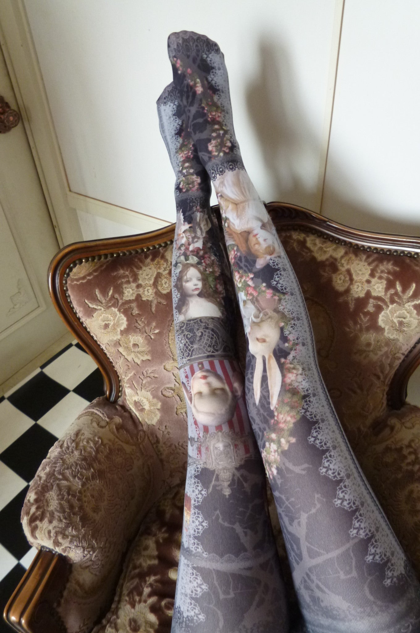 "Morun×Muuna Stoik ""Rose garden Doll Tights(black)"""