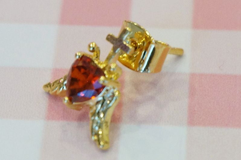 RoseMarie seoir angel heart pierce (red)