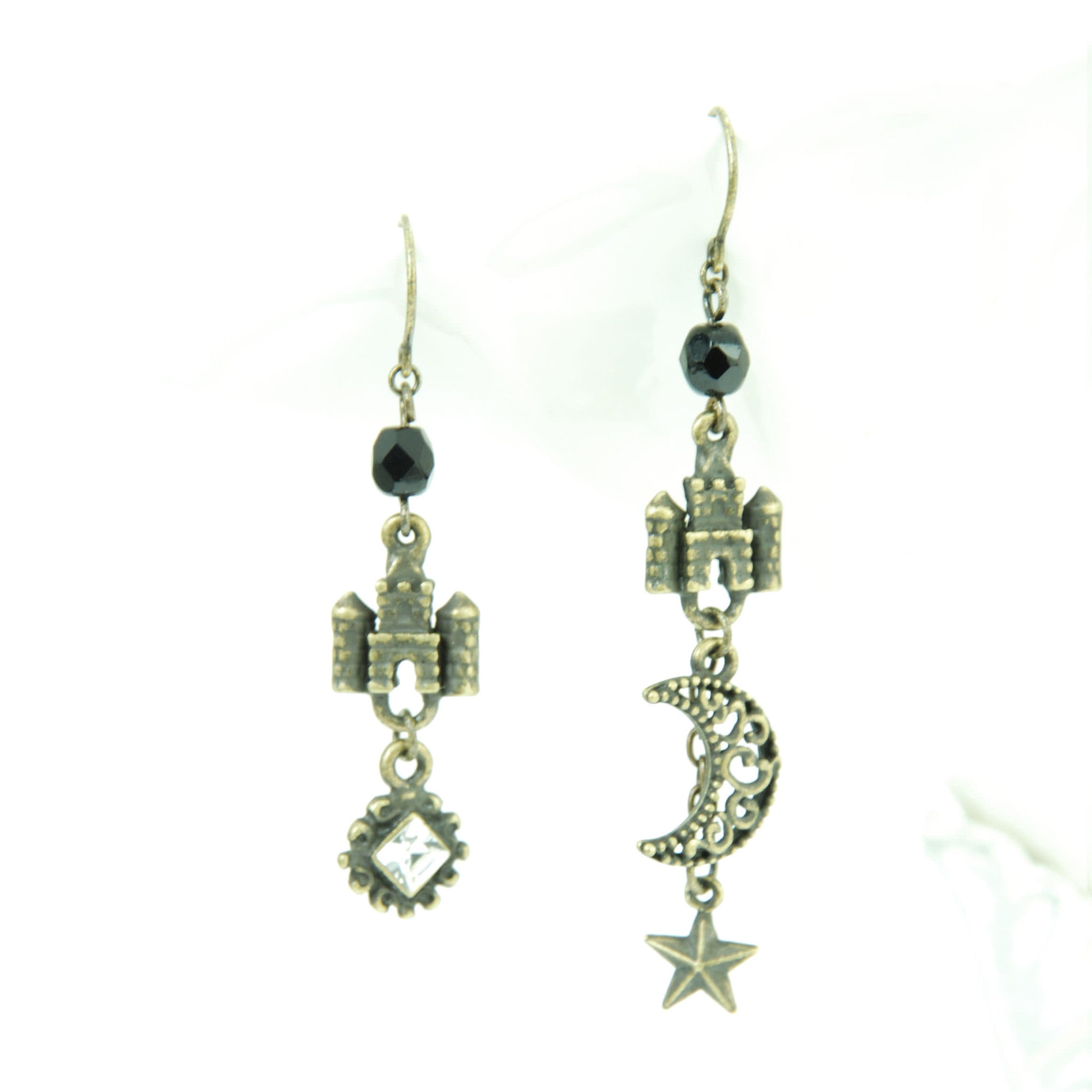 "Sheglit ""Nocturne"" Piereced Earring antique gold"