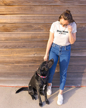 Dog Mom of the Year T-Shirt 🐶🐕👩