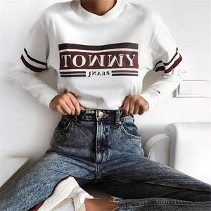 Round neck letter printed short sweater
