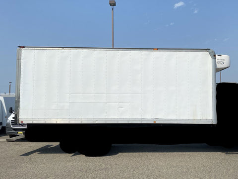 22 Foot Refrigerated Box Truck Body Carrier Supra 560 Refrigeration Unit