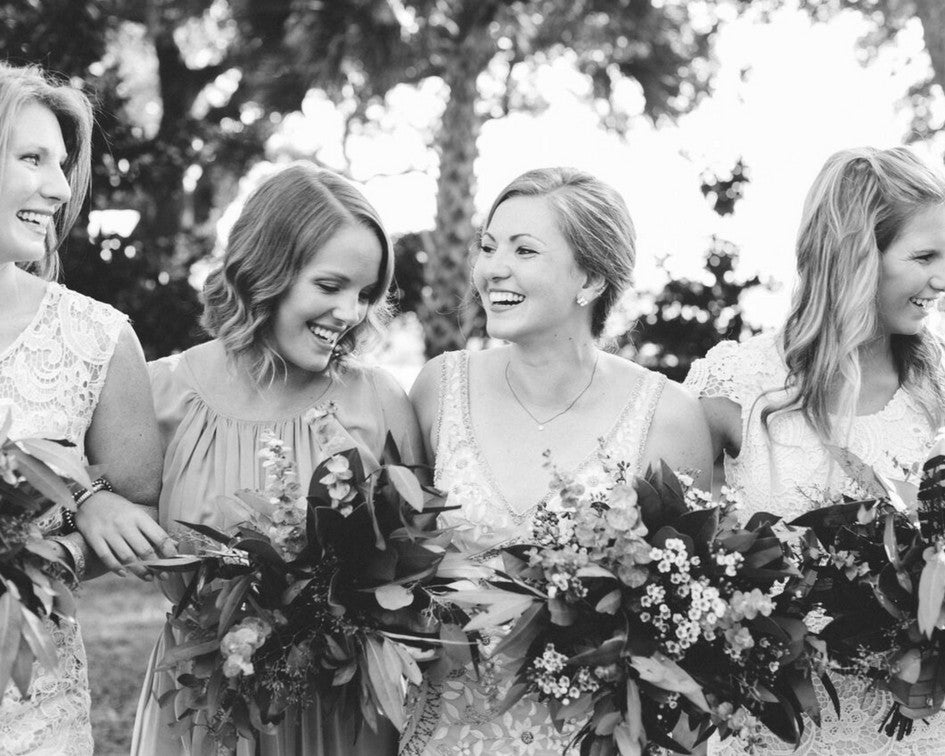 Emma & Grace Bride with bridesmaids