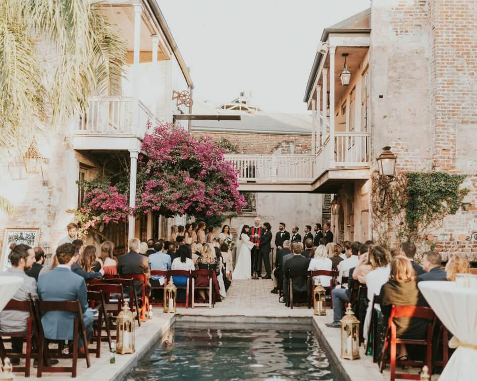 outdoor New Orleans wedding ceremony