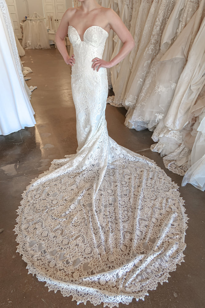 geometric lace wedding dress