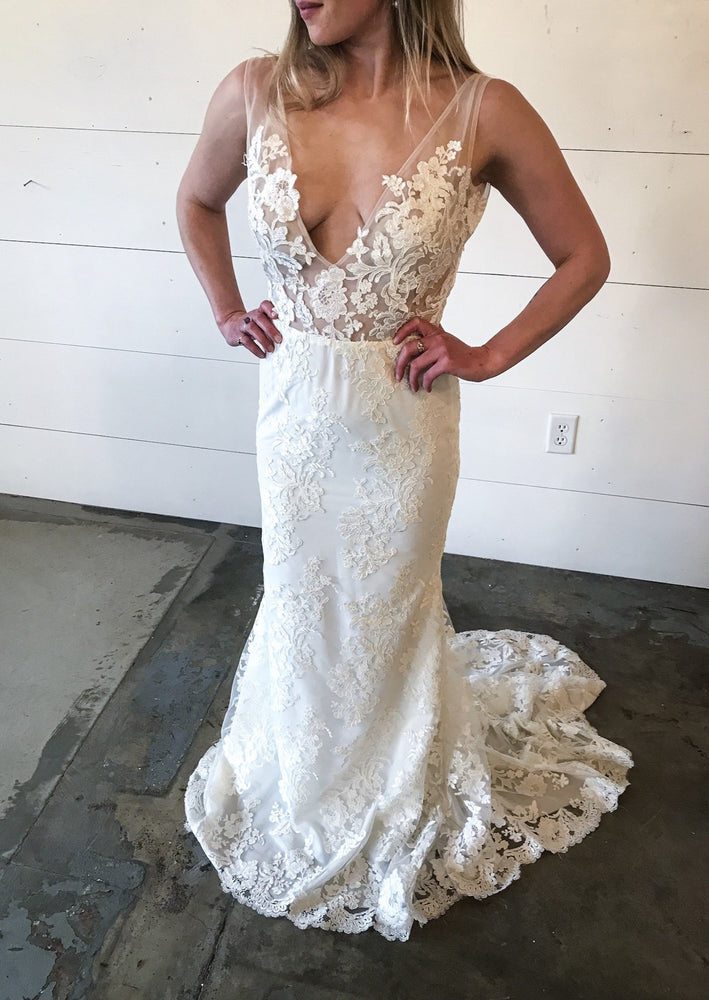 Diego Gown