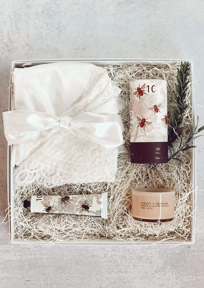 """Bride to Be"" Gift Box"
