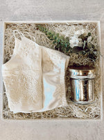 """Newlywed"" Gift Box"