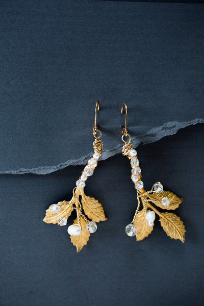 gold leaf earrings with pearls