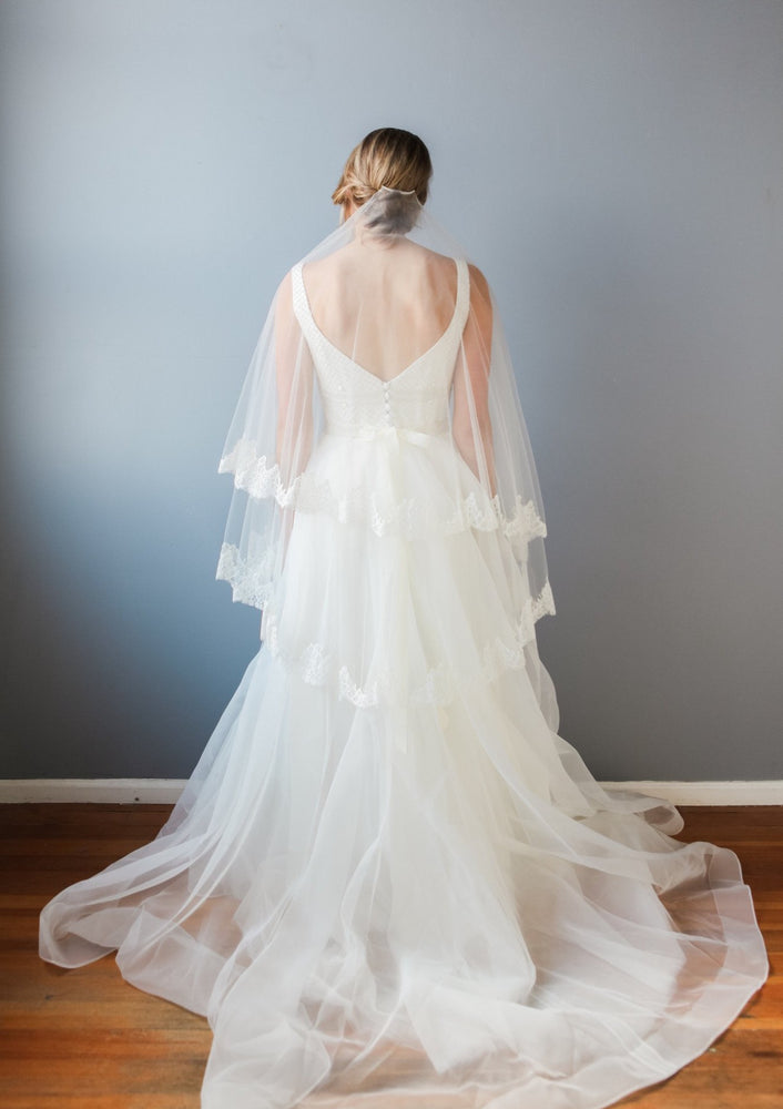 wedding veil lined with lace