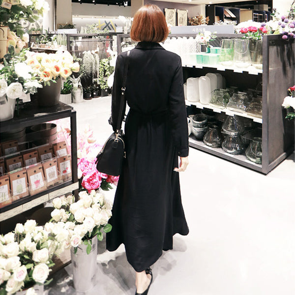 Black looks thin long-sleeved shirt dress