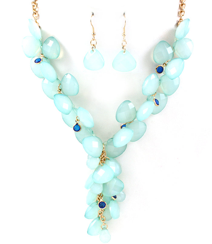 Turquoise Plunging Stone Necklace