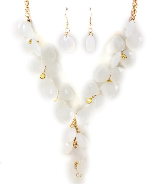 White Plunging Stone Necklace
