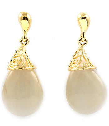 Cream Hanging Stone Earrings