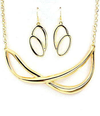 Loop Collar Necklace