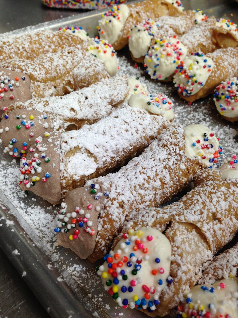 CANNOLI - Traditional (Mini Size)