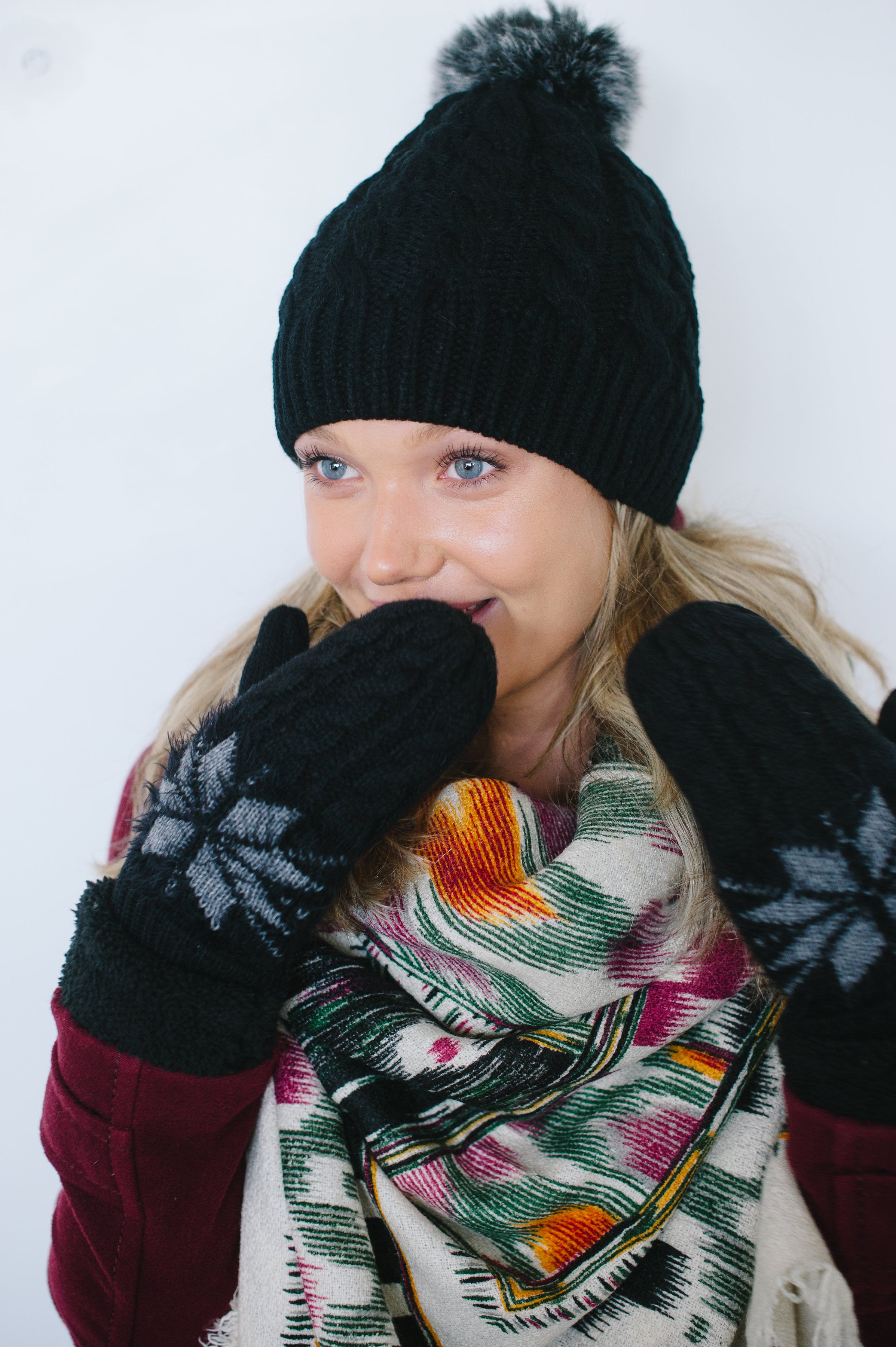 SNOWFLAKE MITTENS- 2 color options-