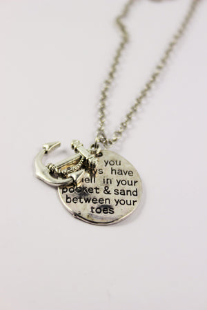 BEACH LIFE NECKLACE