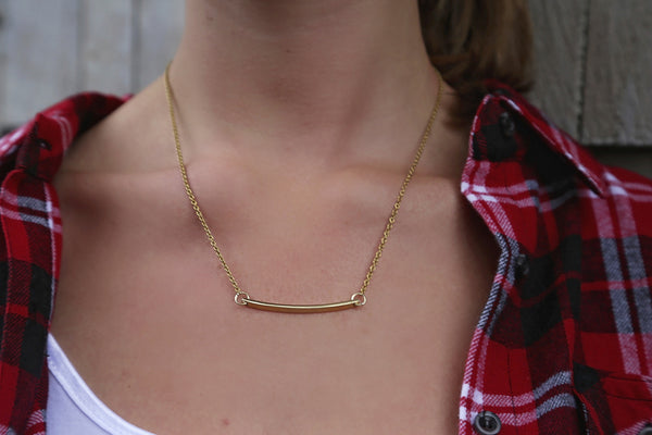 CROSSBAR NECKLACE