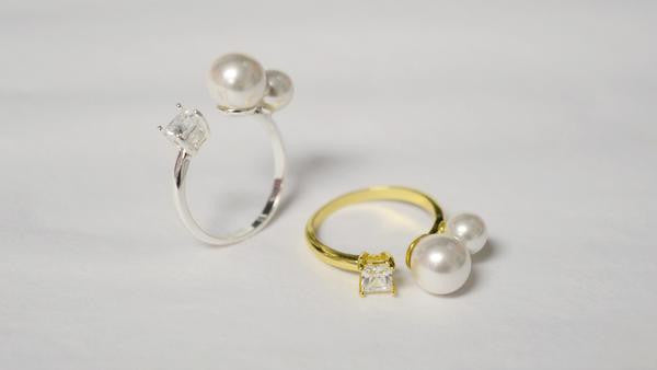 pearl and rhinestone ring + pearl ring + rhinestone ring + pearl and rhinestone gold ring+pearl and rhinestone silver ring + pearl and gem + pearl and gem ring + pearl & rhinestone ring