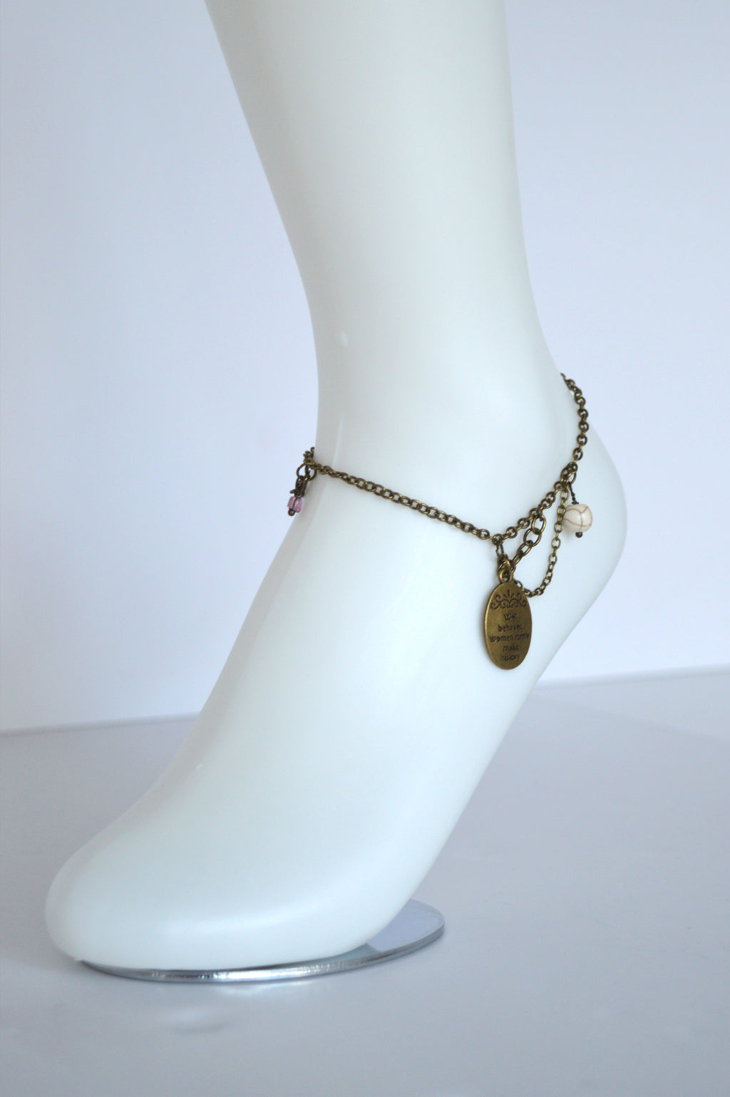 WELL BEHAVED WOMEN ANKLET