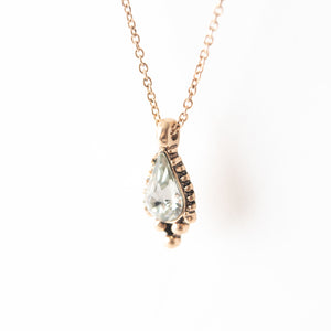 Beck & Boosh Belletristic short  Necklace Teardrop Rhinestone with a classic gold frame plated gold