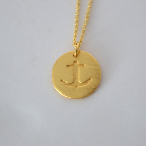 STAMPED ANCHOR NECKLACE