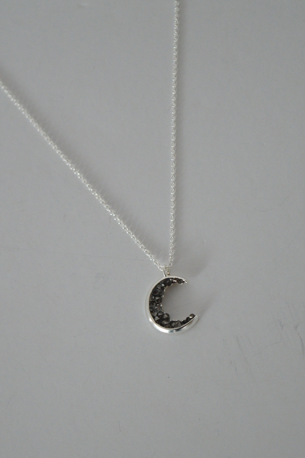 MINERAL CRESCENT NECKLACE