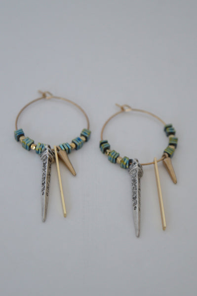 SPIKED HOOPS