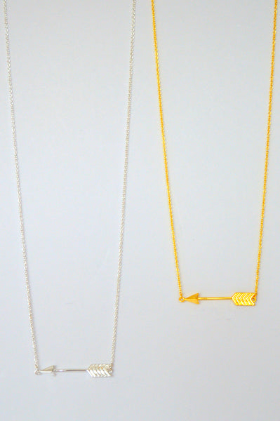 HORIZONTAL ARROW NECKLACE