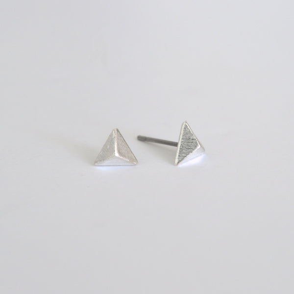 beck & boosh beck and boosh simple small pyramid triangle studs matte finish delicate statement earrings
