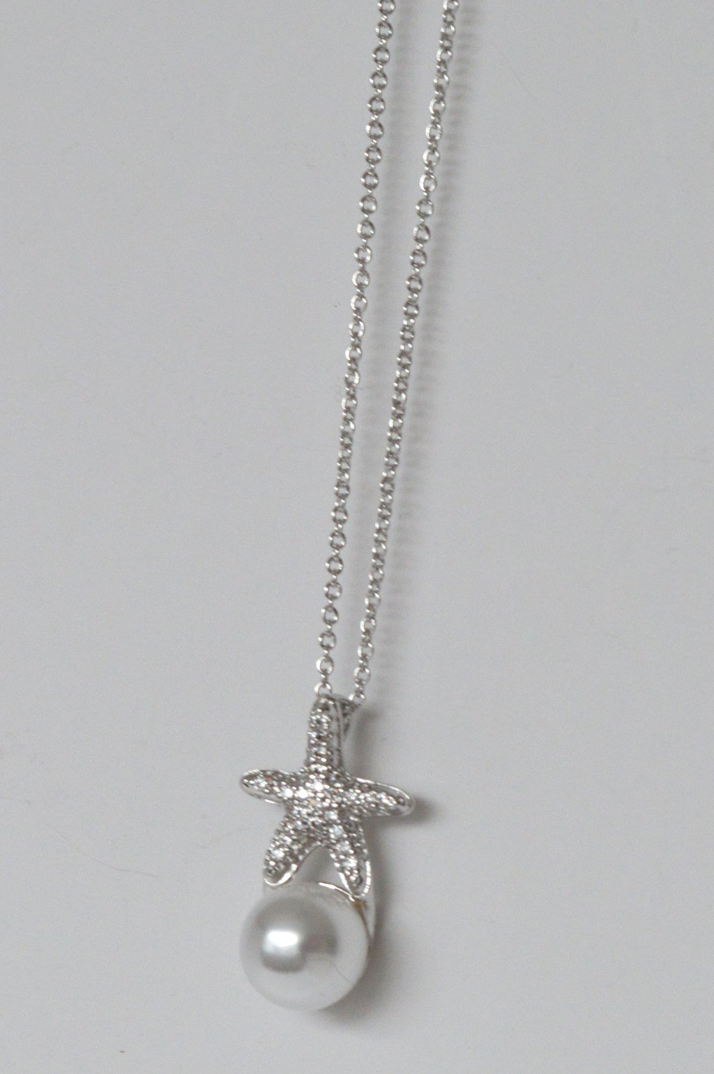 PEARL & STARFISH NECKLACE
