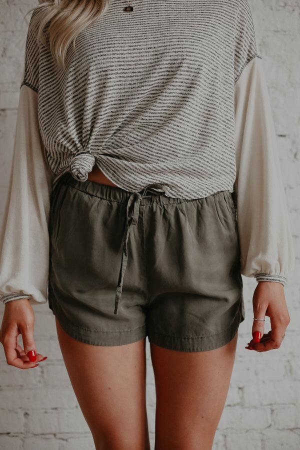 Fields Shorts