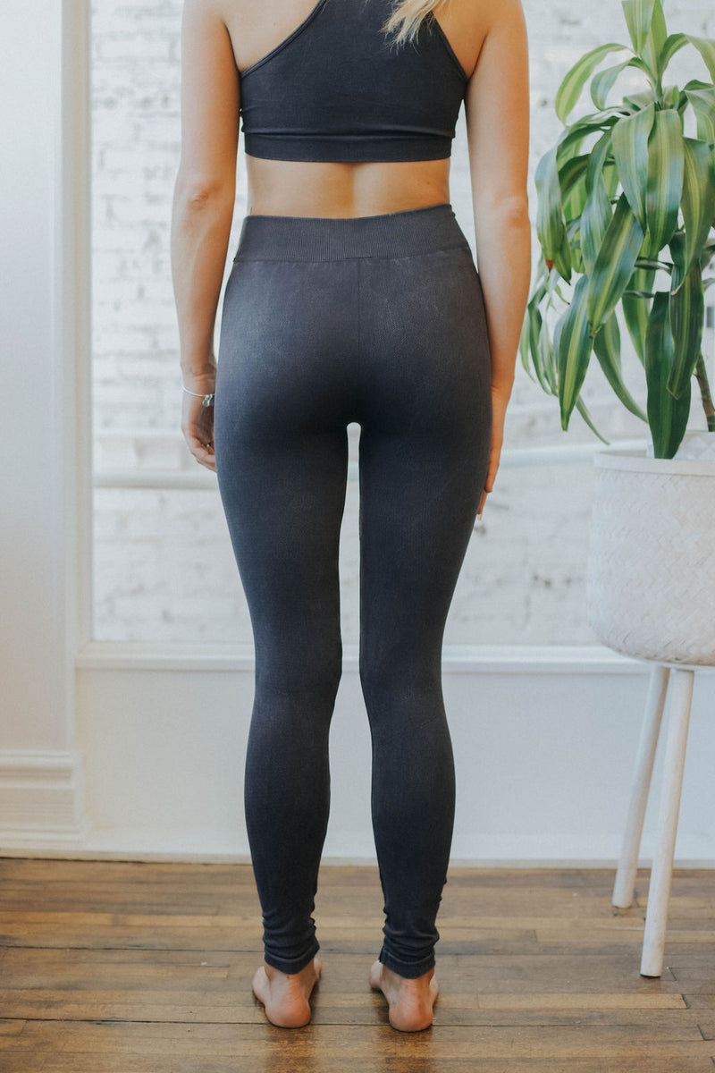 Eclipse Distressed Basic Highwaist Leggings