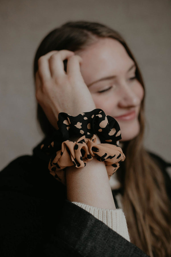 Stocking Stuffer :: Leopard Scrunchie