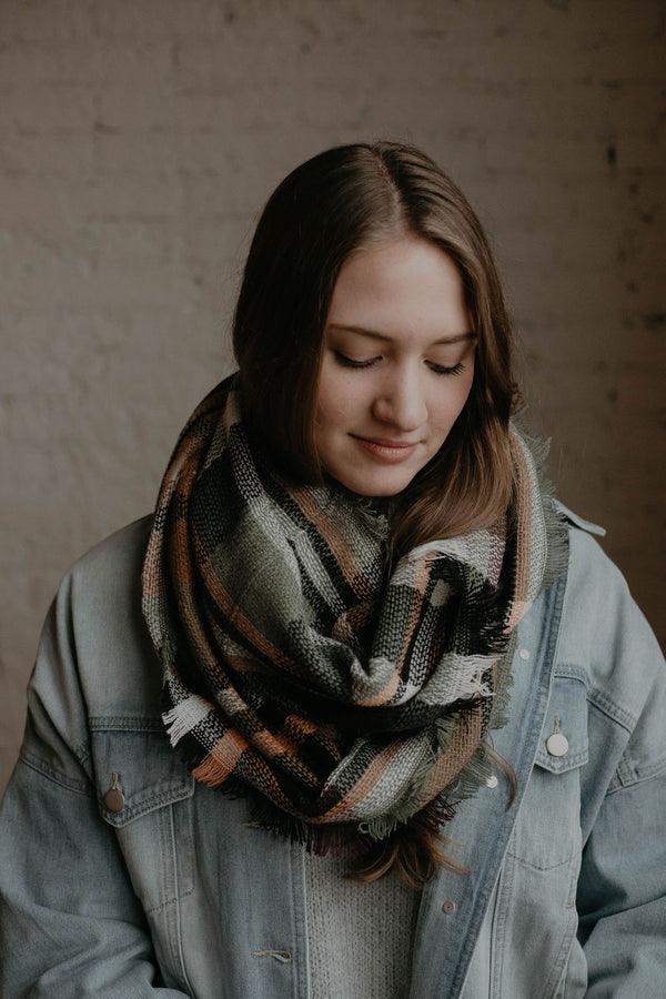 Stocking Stuffer :: Aspen Infinity Scarf