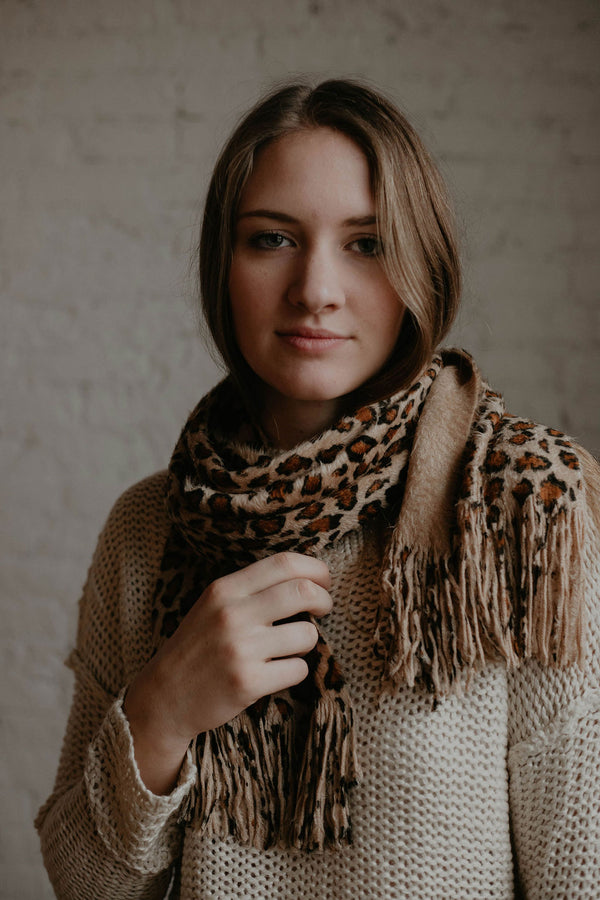 Stocking Stuffer :: Eva Leopard Fuzzy Scarf