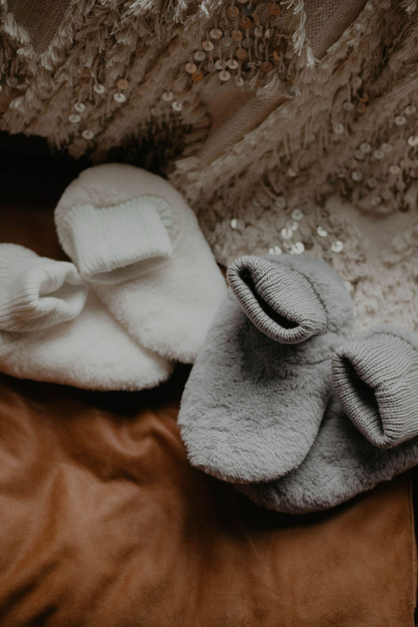 Stocking Stuffer :: Daydream Fur Slippers