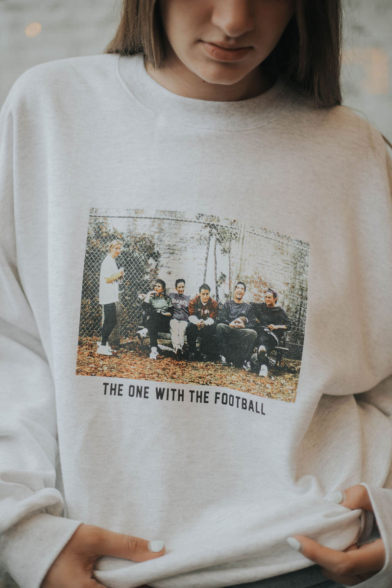 FRIENDS - The One With The Football Sweatshirt