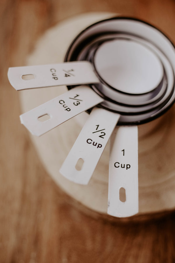 Enamel Tin Measuring Cups