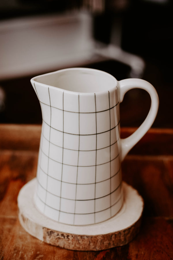 Grid Pitcher