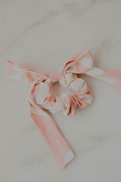 Appolonia Scrunchie w/ Removable Bow
