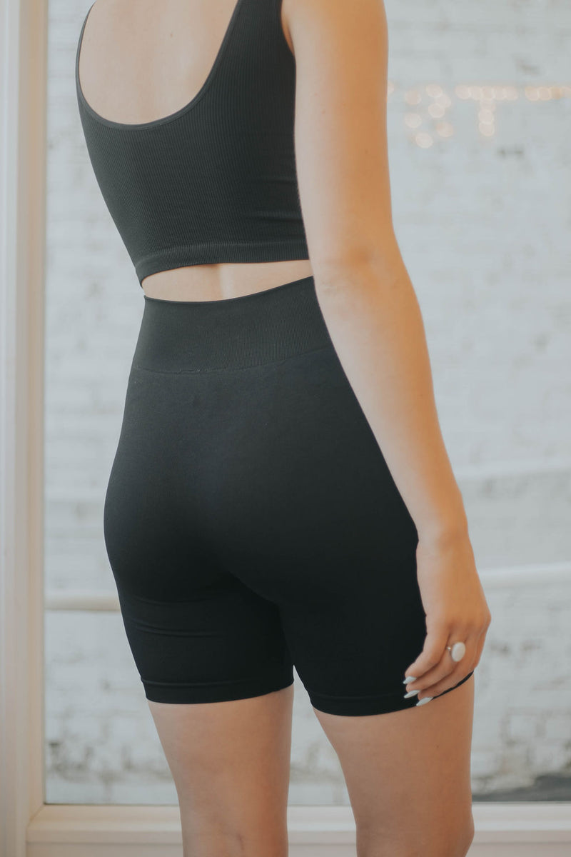 Mavis Ribbed Biker Shorts - 2 colors