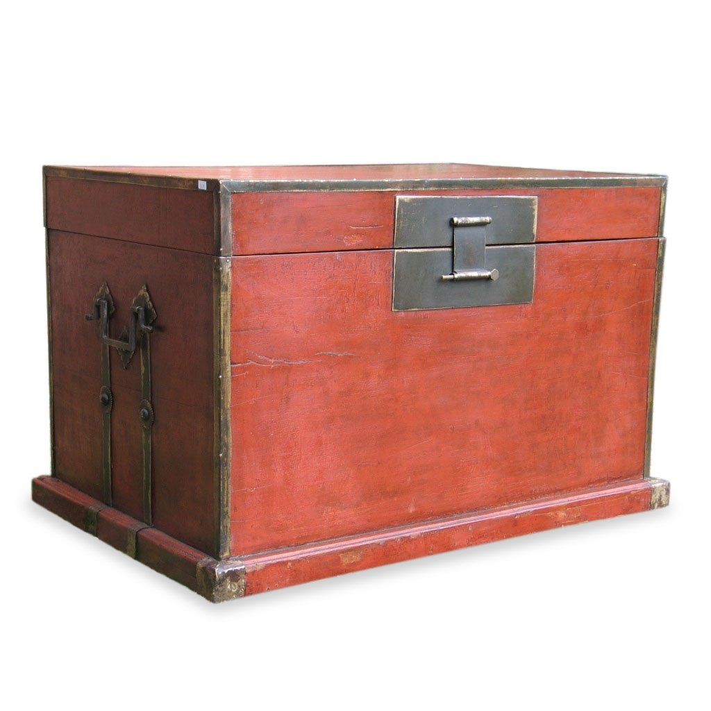 Antique Red Lacquer Trunk from Shanxi Province - 19thC