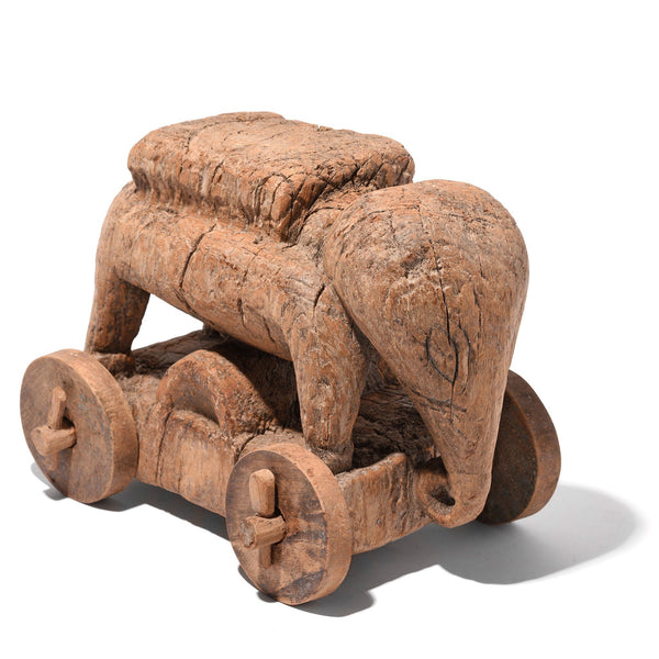 Indian Elephant Wheel Toy From Madhya Pradesh - 18thC