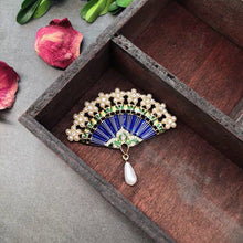 Load image into Gallery viewer, Hand made antique style high quality Brooch