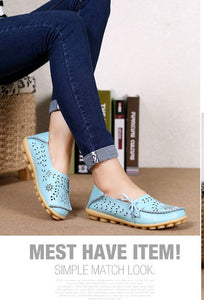 Women 's Summer Leather Leisure Sandals Peas Flat Sandal Shoes Middle - aged Female Large Size Mother Shoes